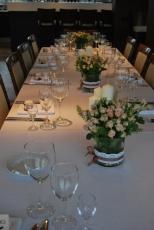 stalas laukia svečių